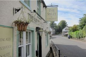 Dog Friendly Salutation Inn Bed & Breakfast nr Keswick Cumbria